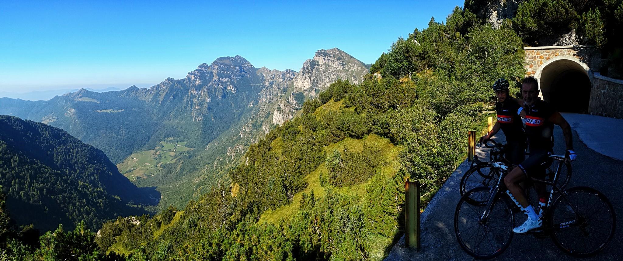 Dal Passo Baremone al Giogo del Maniva - Delmenico.it